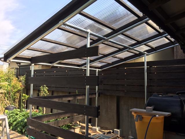 おしゃれなテラス屋根完成。